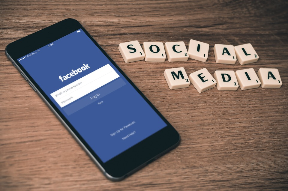 Barrhaven Blog Social Media Advertising on Facebook